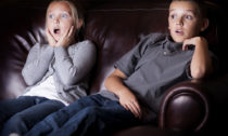 kids-watching-scary-movie